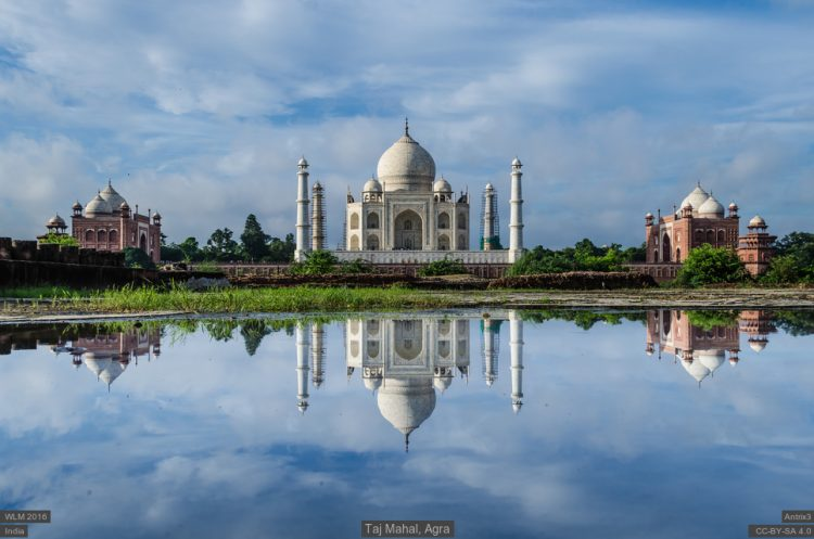 wlm_2016_in_aks_the_reflection_taj_mahal